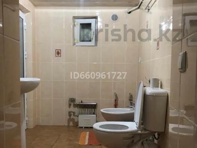 8-комнатный дом, 300 м², 7.5 сот., Кулжабаева — Толе би за 48 млн 〒 в Таразе — фото 42