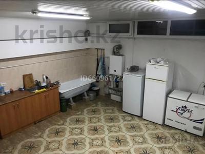 8-комнатный дом, 300 м², 7.5 сот., Кулжабаева — Толе би за 48 млн 〒 в Таразе — фото 47