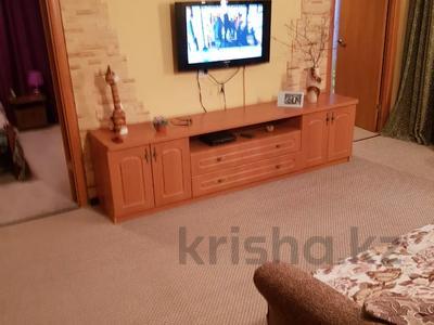 4-комнатная квартира, 60 м², 1/5 этаж, Ворошилова 95 за 9.8 млн 〒 в Усть-Каменогорске — фото 2