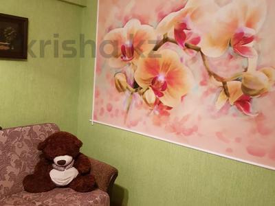 4-комнатная квартира, 60 м², 1/5 этаж, Ворошилова 95 за 9.8 млн 〒 в Усть-Каменогорске — фото 4