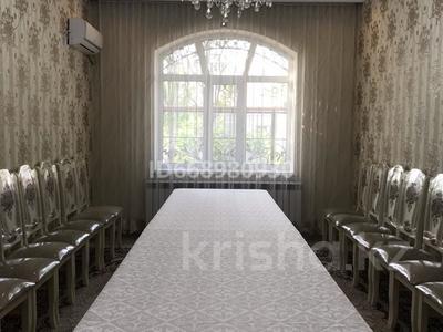 9-комнатный дом, 196.6 м², 8 сот., Байтұрсынов 76 за 120 млн 〒 в Туркестане