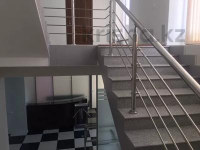 Здание, Жамакаева площадью 830 м² за 3 400 〒 в Алматы, Медеуский р-н — фото 8