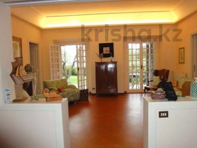 10-комнатный дом посуточно, 300 м², 30 сот., Браччано за 157 000 〒 в Риме — фото 2