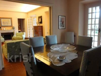 10-комнатный дом посуточно, 300 м², 30 сот., Браччано за 157 000 〒 в Риме — фото 3