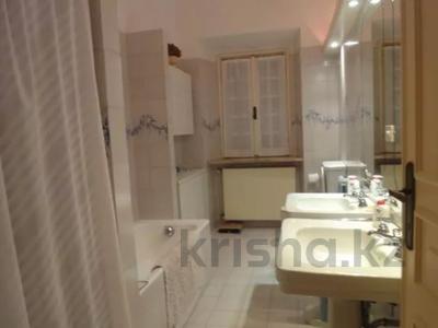 10-комнатный дом посуточно, 300 м², 30 сот., Браччано за 157 000 〒 в Риме — фото 5
