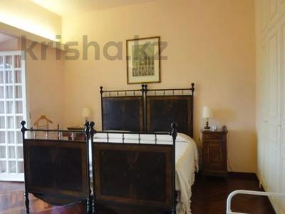 10-комнатный дом посуточно, 300 м², 30 сот., Браччано за 157 000 〒 в Риме — фото 6