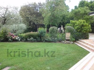 10-комнатный дом посуточно, 300 м², 30 сот., Браччано за 157 000 〒 в Риме — фото 8