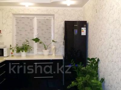 3-комнатная квартира, 78 м², 5/5 этаж, Льва Толстого — Сарайшык за 13.2 млн 〒 в Уральске