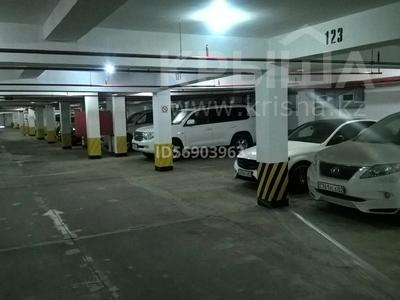 машиноместо в паркинге за 3 млн 〒 в Алматы, Алмалинский р-н