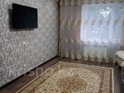 2-комнатная квартира, 55 м², 1/5 этаж посуточно, 4 микрорайон 69/71 за 7 000 〒 в Талдыкоргане — фото 5