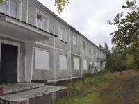Здание, площадью 1820 м²