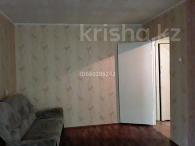 1-комнатная квартира, 31 м², 2/5 этаж помесячно, 1 Мая — Ломова за 50 000 〒 в Павлодаре — фото 2