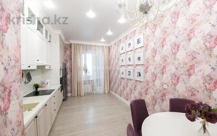 3-комнатная квартира, 89 м², 2/6 этаж, Бокейхана 27 за 43.5 млн 〒 в Нур-Султане (Астана), Есиль р-н