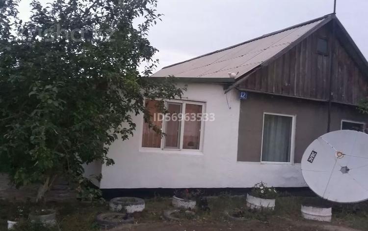 5-комнатный дом, 110 м², 10 сот., Приречная 12 за 3.5 млн 〒 в Петровке