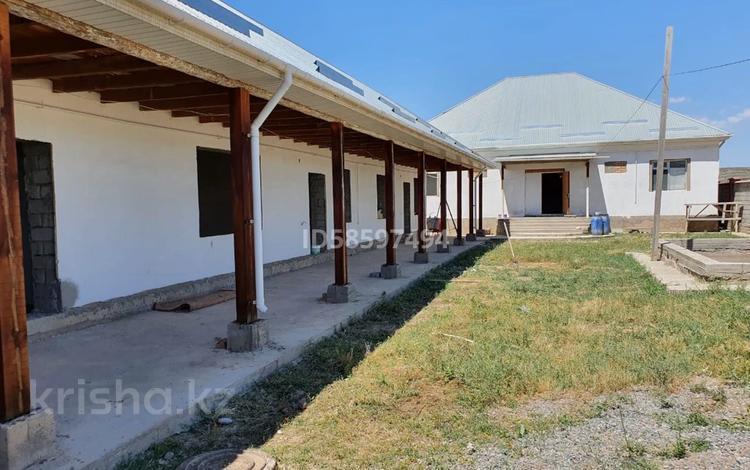 5-комнатный дом, 225 м², 30 сот., мкр Туран за 55 млн 〒 в Шымкенте, Каратауский р-н