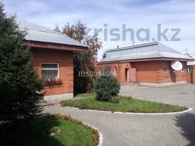 Здание, площадью 2000 м², Амангельды 73 — Шакарима за 200 млн 〒 в Семее — фото 8