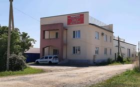 Здание, площадью 1150 м², улица Момышулы 18 — Букеевская за 270 млн 〒 в Уральске