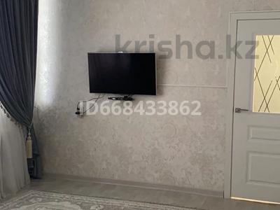 2-комнатная квартира, 54 м², 4/4 этаж, 4-й мкр 57 за 10 млн 〒 в Жанаозен