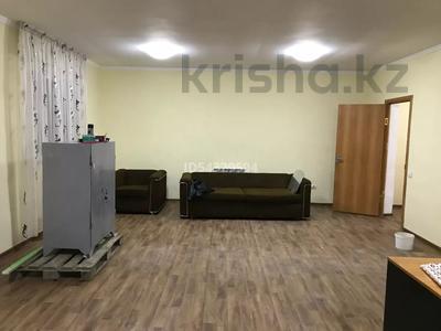 3-комнатный дом помесячно, 62 м², 6 сот., мкр Шанырак-1 — Акын Сара за 120 000 〒 в Алматы, Алатауский р-н — фото 8