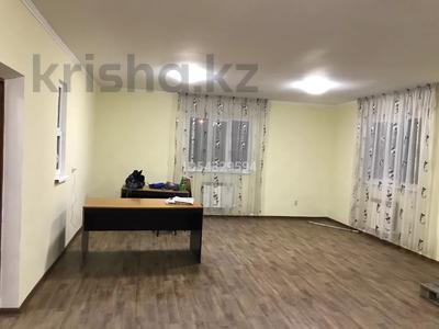 3-комнатный дом помесячно, 62 м², 6 сот., мкр Шанырак-1 — Акын Сара за 120 000 〒 в Алматы, Алатауский р-н