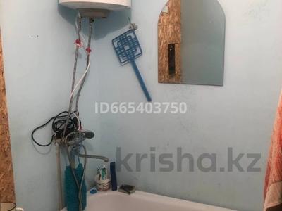 1-комнатная квартира, 27 м², 2/5 этаж, Мкр Самал 13 за 3 млн 〒 в Жанаозен