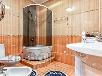 2-комнатная квартира, 110 м², 20/41 этаж посуточно, Достык 5 — Сауран за 13 000 〒 в Нур-Султане (Астана), Есиль р-н — фото 12