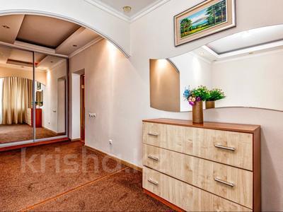 2-комнатная квартира, 110 м², 20/41 этаж посуточно, Достык 5 — Сауран за 13 000 〒 в Нур-Султане (Астана), Есиль р-н — фото 6