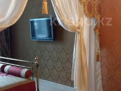 4-комнатная квартира, 152 м², 8/9 этаж помесячно, проспект Достык — Омаровой за 600 000 〒 в Алматы, Медеуский р-н — фото 5