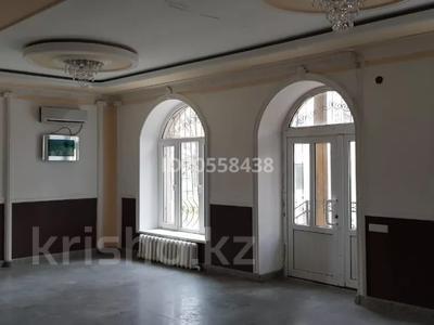 5-комнатный дом, 300 м², 4 сот., Достык 25А за 45 млн 〒 в Талдыкоргане — фото 3