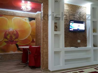 2-комнатная квартира, 52 м², 3 этаж посуточно, Бауржана Момышулы 4 за 10 000 〒 в Шымкенте, Аль-Фарабийский р-н