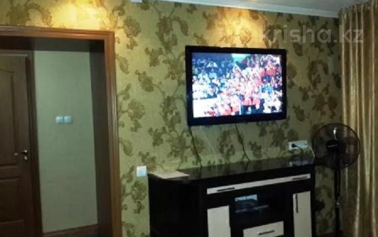 1-комнатная квартира, 39 м², 2 этаж посуточно, Толе би 54 — Айтиева за 8 000 〒 в Таразе