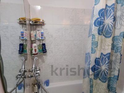 2-комнатная квартира, 49 м², 2/5 этаж, улица Токаева 7 — Туркестанская за 21 млн 〒 в Шымкенте, Аль-Фарабийский р-н