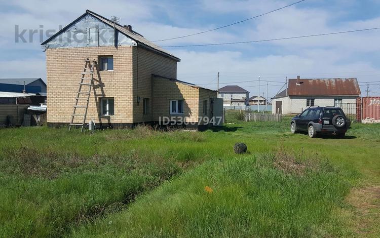 3-комнатный дом, 120 м², 10 сот., Жамбыла Жабаева 27 за 11 млн 〒 в Нур-Султане (Астана)