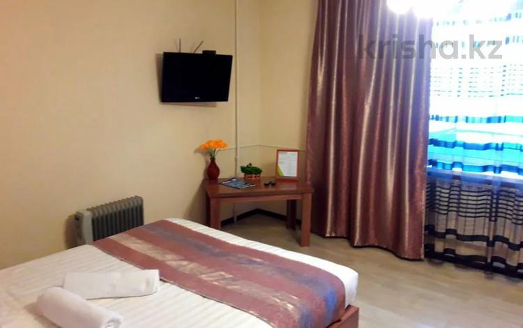 1-комнатная квартира, 35 м², 2 этаж посуточно, Жансугурова 112 за 9 500 〒 в Талдыкоргане