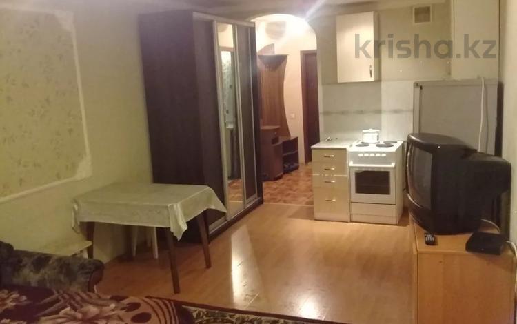 1-комнатная квартира, 38 м², 6/16 этаж по часам, Торайгырова 3/1 — Республики за 1 000 〒 в Нур-Султане (Астана)