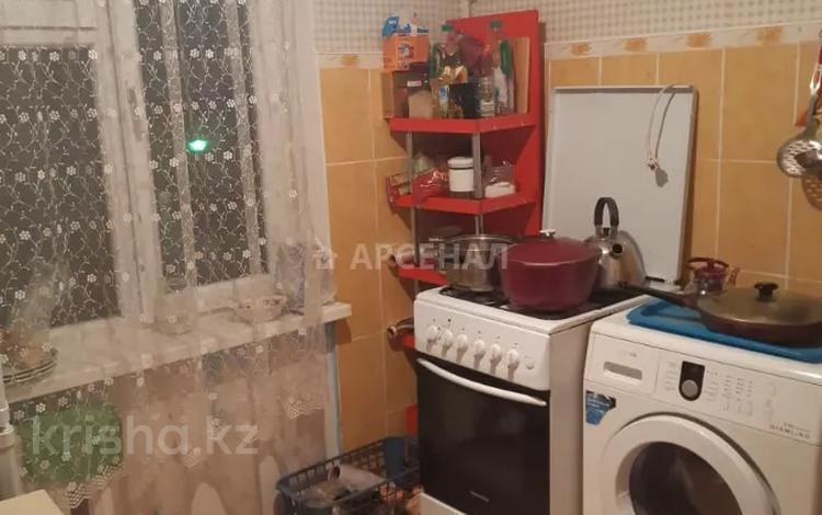 2-комнатная квартира, 45 м², 3/4 этаж, мкр №11, 11-й микрорайон за 15.5 млн 〒 в Алматы, Ауэзовский р-н