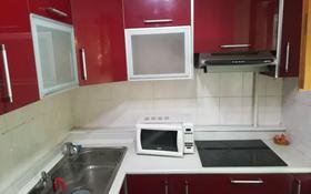2-комнатная квартира, 45 м², 2/5 этаж помесячно, проспект Богенбай батыра 32к1 — проспект Сарыарка за 110 000 〒 в Нур-Султане (Астана), Сарыарка р-н