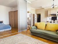 1-комнатная квартира, 56 м² посуточно, Жарокова 137/1блокГ1 за 15 000 〒 в Алматы, Бостандыкский р-н