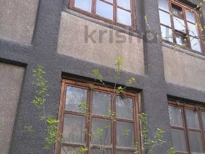 Здание, площадью 1129 м², Бурундайская 97 за 120 млн 〒 в Алматы, Жетысуский р-н