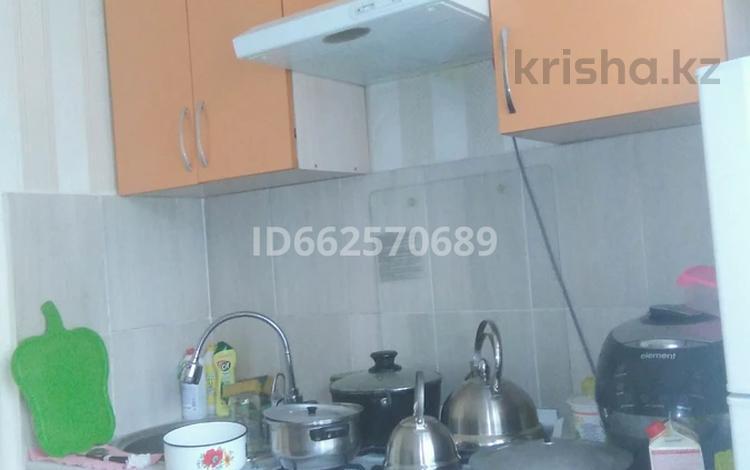 2-комнатная квартира, 43.2 м², 3/4 этаж, мкр №10 8в — По Ю. Ким за 17.5 млн 〒 в Алматы, Ауэзовский р-н