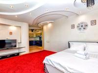 1-комнатная квартира, 68 м², 33/36 этаж посуточно, Достык 5 — Кабанбай Батыра за 15 000 〒 в Нур-Султане (Астане), Есильский р-н