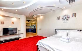 1-комнатная квартира, 68 м², 33/36 этаж посуточно, Достык 5 — Кабанбай Батыра за 10 000 〒 в Нур-Султане (Астана), Есиль р-н