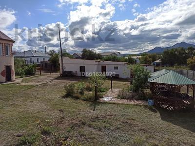 6-комнатный дом помесячно, 209 м², 10 сот., Набережная 36а за 450 000 〒 в Бурабае — фото 14