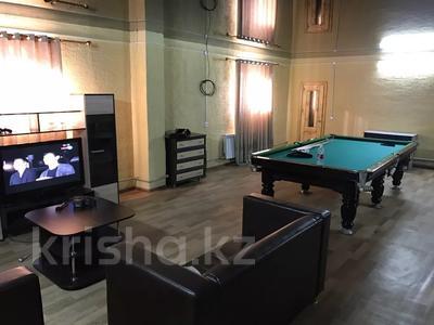 Здание, площадью 315 м², Бокажанова 80/1 за 14.5 млн 〒 в Зайсане — фото 8