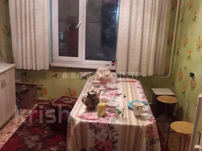 2-комнатная квартира, 52 м², 2/5 этаж, мкр Аксай-3Б за 17 млн 〒 в Алматы, Ауэзовский р-н — фото 5