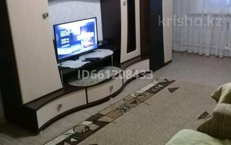 1-комнатная квартира, 36 м², 4/6 этаж посуточно, Утепова 27 за 6 000 〒 в Усть-Каменогорске
