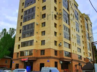 3-комнатная квартира, 110 м², 10/10 этаж, Досмухамедова — Жамбыла за 59.5 млн 〒 в Алматы, Алмалинский р-н — фото 10