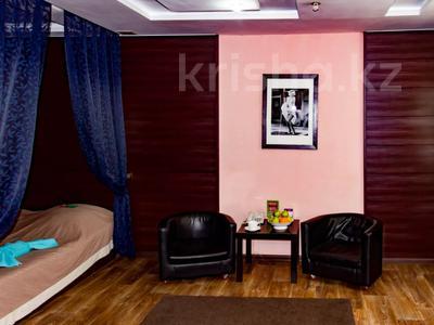 1-комнатная квартира, 30 м², 2/4 этаж посуточно, Интернациональная за 10 000 〒 в Петропавловске — фото 2
