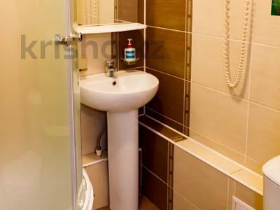 1-комнатная квартира, 30 м², 2/4 этаж посуточно, Интернациональная за 10 000 〒 в Петропавловске — фото 13