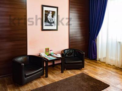 1-комнатная квартира, 30 м², 2/4 этаж посуточно, Интернациональная за 10 000 〒 в Петропавловске — фото 3